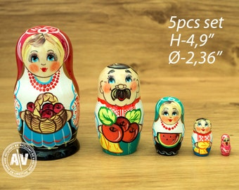 "Matryoshka Russian dolls Babushka dolls Home Decor Nesting dolls for kids Handmade gifts Russian stacking dolls apple farmers 4,9"" 13cm 5pcs"
