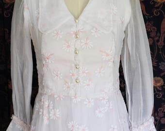 Organdy 1950 wedding dress