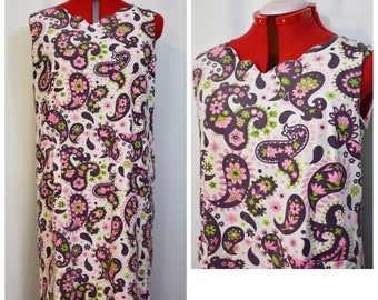 60s White, Pink and Purple Paisley Shift