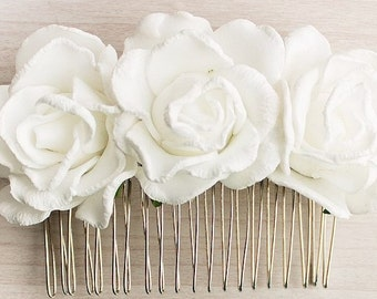 White bridal hair comb Wedding hair comb Bridal Hair Comb Wedding Hair Accessory White Rose Flowers Flower Comb Floral Hair Comb Christmas