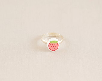 Acrylic ring - Strawberry