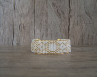 Geometric Aztec white woven bracelet and gold customizable