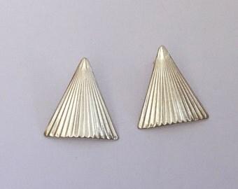Silver earrings, Silver Stud Earrings, Triangle silver earrings, Flat earrings, Sterling silver earrings, Silver studs, Hammered earrings,