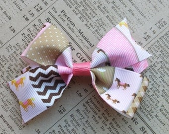 Horse Hair Bow, cowgirl hair bow, girls hair bows, hair accessories, party favors