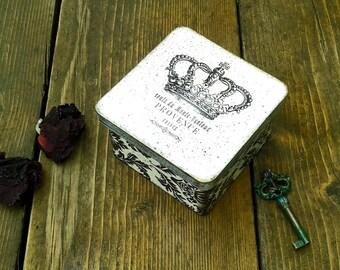 Black and White jewelry box, French Vintage box, Damask box, Crown box, Decorated box, Wooden box, Jewelry Storage Box, Keepsake box