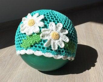 Crochet baby girl hat with camomiles, summer hat, openwork hat