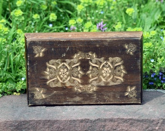 Wooden pyrography box, Vintage wooden box, Antique pyrography box, Jewelry box, Storage box, Memory box, Vintage keepsake box, Unique gift