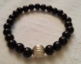 Black Beads Bracelet with silver plated metal bead spacer