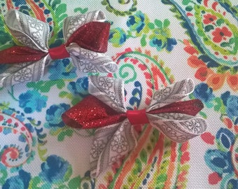 Red and White Bows on Clips