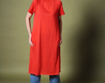 Tshirt dress Women's T-dress Hoodie A-line dress Red dress Midi dress Cotton knit dress Summer dress Sporty dress Hooded dress Red hoodie