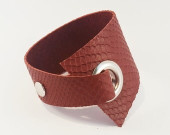 Asymmetrical Leather Cuff,Leather bracelet,Asymmetrical bracelet,Womens cuff,Red Leather cuff, Wide Cuff,Gift for mum,Mothers day