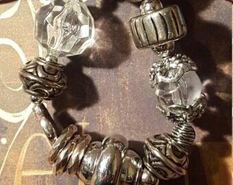 LARGE BEADED BRACELET - Black/Silver Beads