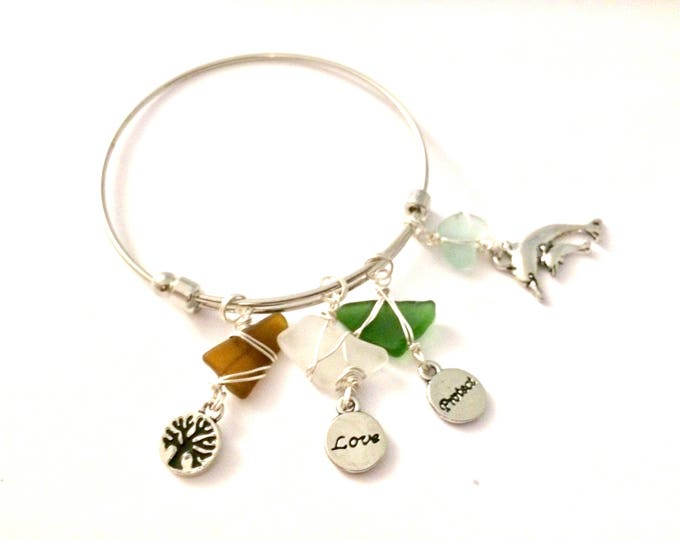 Charm Bracelet - Beach Glass - Gift for her - Live, love, protect nature - Charms - Ocean - dangle charms - bracelets - wire wrapped