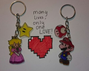 Super Mario and Princess Peach Keychain set