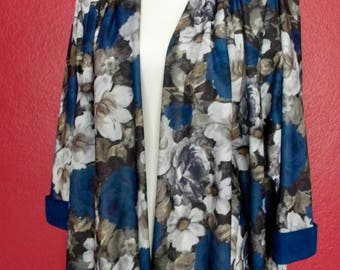 Vintage *Plus Size* Floral Jacket w/ Velvet Detail