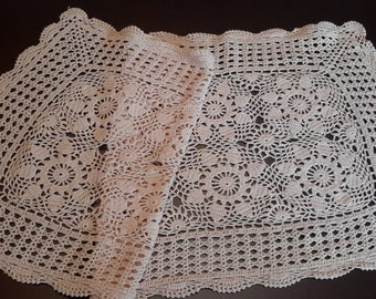 CLEARANCE SALE Vintage crochet doily runner, table centerpiece doilies, handmade doily, creme peach, vintage linens, tablecloth