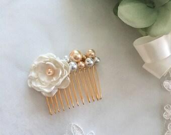 Champagne Bridal Hair Comb, Bridal comb, Pearl comb, Bridesmaid hair comb, Cluster pearls, Silver metal comb, Wedding Hair Comb, Flower girl