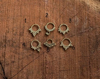 Septum Ring Brass Dots/ Septum Piercing en laiton