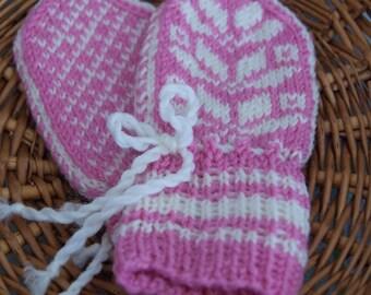 Handmade mittens for babies - Pink