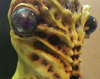 Latex Insect Halloween Mask - Green Mantis