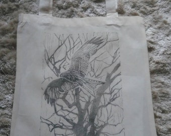 Red Kite in woodland, tote bag