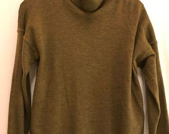 Vintage Ellen Tracy Women's Wool Olive Turtleneck size large