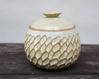 Moon Feather Jar (with Lid)