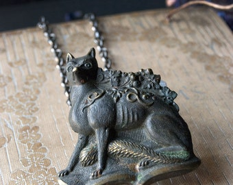 The Fox and Grape Leaves Vintage Button Necklace / Mens Long Necklace / Fox Pendant / Fox Grape Leaves Fairytale / Antique Gothic