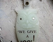 Vintage Plastic Owl Key Chain We Give a Hoot Kentucky Fried Chicken