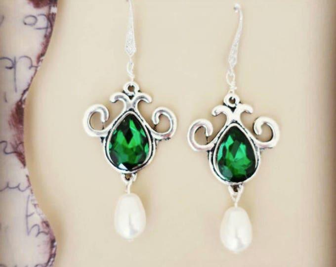 Emerald Earrings Bridal Chandelier Emerald and Pearl Earrings Bridesmaid Jewelry Emerald Fern Clover Dark Green Wedding Jewelry