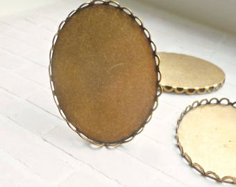 Brass Settings - 40x30 Pendant or Brooch Lace Edge Settings (54-18-6)
