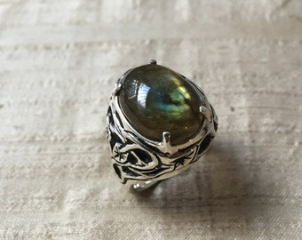 Labradorite and Sterling Silver- The Tangled Vine Ring