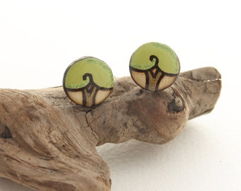 Green Wood Tree Circle Stud Earrings, Small Simple Earrings, Casual Everyday Studs, Plants & Trees, Hypoallergenic for Sensitive Ears