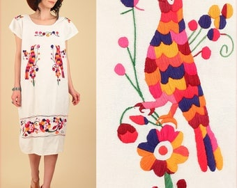 ViNtAgE 70's Mexican EMBROIDERED Rainbow Caftan Dress // Birds Colorful Tunic // Floral Cotton Artisan Made Free Size S/M/L