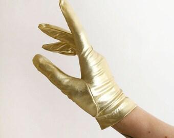 Vintage 1960s Gold Gloves - Golden Lame Wrist Length Gloves - Glam Glamorous Metallic Shimmer