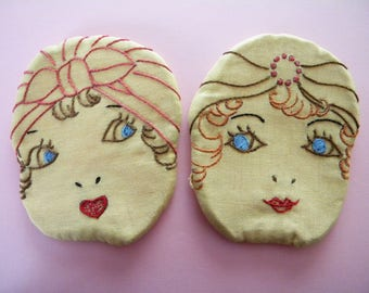 Vintage Pair of Pot Holders Flapper Girls Embroidered Hot Pads