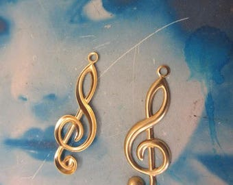 Treble Clef in Raw Brass Music Charms Jewelry Supply 555RAW x2