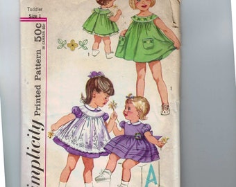 1950s Vintage Sewing Pattern Simplicity 3807 Girls Dress Pinafore and Panties Size 1 Breast 20 50s