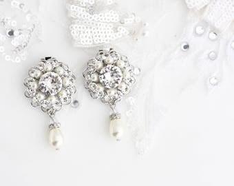 Bridal Wedding Shoe Clips Swarovski Crystal Pearl Round  Shoe Clips Wedding Accessories  ELLA