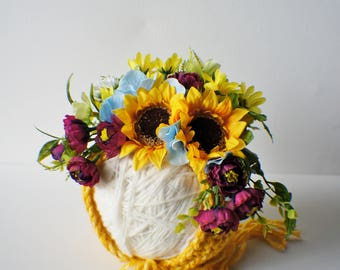 Flower Bonnet, Baby hat, Garden Bonnet, Sunflower Bonnet, Floral Bonnet, Baby Photo Prop, Newborn Photo Prop, Newborn Baby Girl Hat