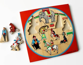 Simplex Circus Puzzle, Vintage Wooden Puzzles, Simplex Toys Holland, Circus Puzzles, Wood Puzzles, Simplex Toys, Houten Puzzle, Knob Puzzle