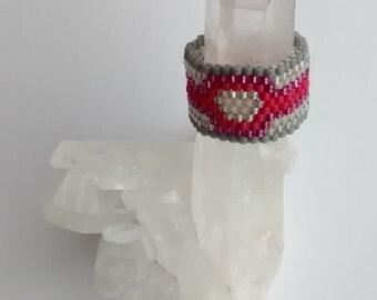 Peyote Stitch Glass Delica Pink & Grey Ring Size 7.5