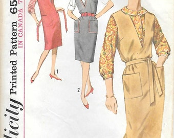 Simplicity 5067 1960s V Neck Jumper and Fitted Blouse Vintage Sewing Pattern Bust 34 or 36