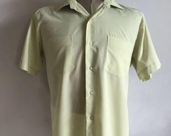 Vintage Men's 70's Mint Green Shirt, Short Sleeve, Button Down (XL)