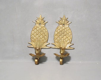 Vintage Brass Pineapple Wall Sconce Set of 2 / Pine Apple Wall Hanging Mid Century Candle Holder Southern Tropical Ananas Pina Candlestick