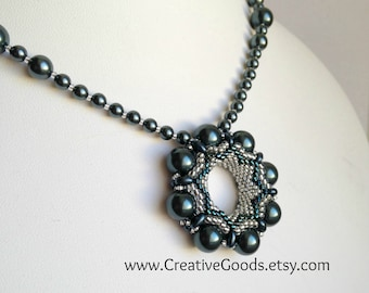 Circles and Pearls Pendant and Necklace Pattern - Tutorial - Instructions