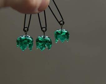 emerald flower, glass nature brooch