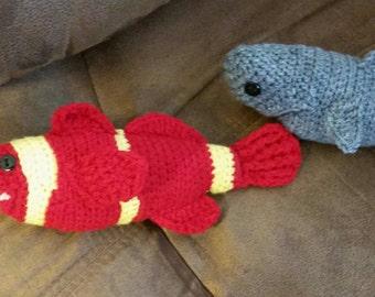 Hand Crochet clownfish / Amigurumi / Handmade plush stuffed sea animal / bath toy inspired by Finding Nemo