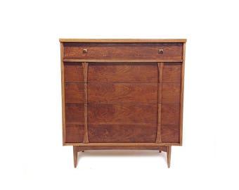 Vintage Mid Century Dresser In Wood