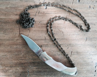 Chic mini mother of pearl pocket knife necklace - Pink, White, Natural or Black colour, you choose!